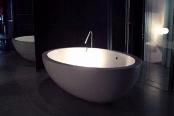 Характеристики ванн, изготовленных с помощью искусственного камня